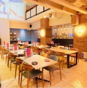 谷町九丁目に「韓国ダイニングカフェ ダンミ クラシック」様が祝御開店꒰* ॢꈍ◡ꈍ ॢ꒱.*˚